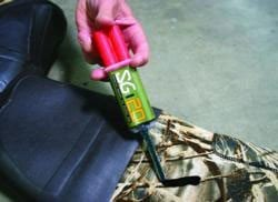 SG-20 Adhesive Seals and Repairs Waders and Hunting Gear Within 1 Hour