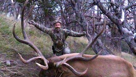 Wyoming Elk Hunter, Albert Henderson with his World Record Crossbow Elk