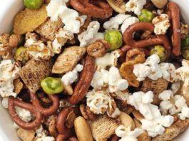 Sweet 'n Savory Popcorn Trail Mix