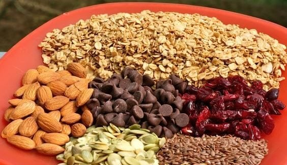Awesome Trail Mix Blends for Hiking- Dark Chocolate Trail Mix